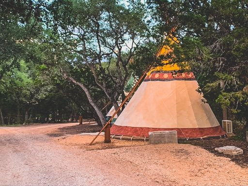 #4 Camp Comfort Glamping Tipi