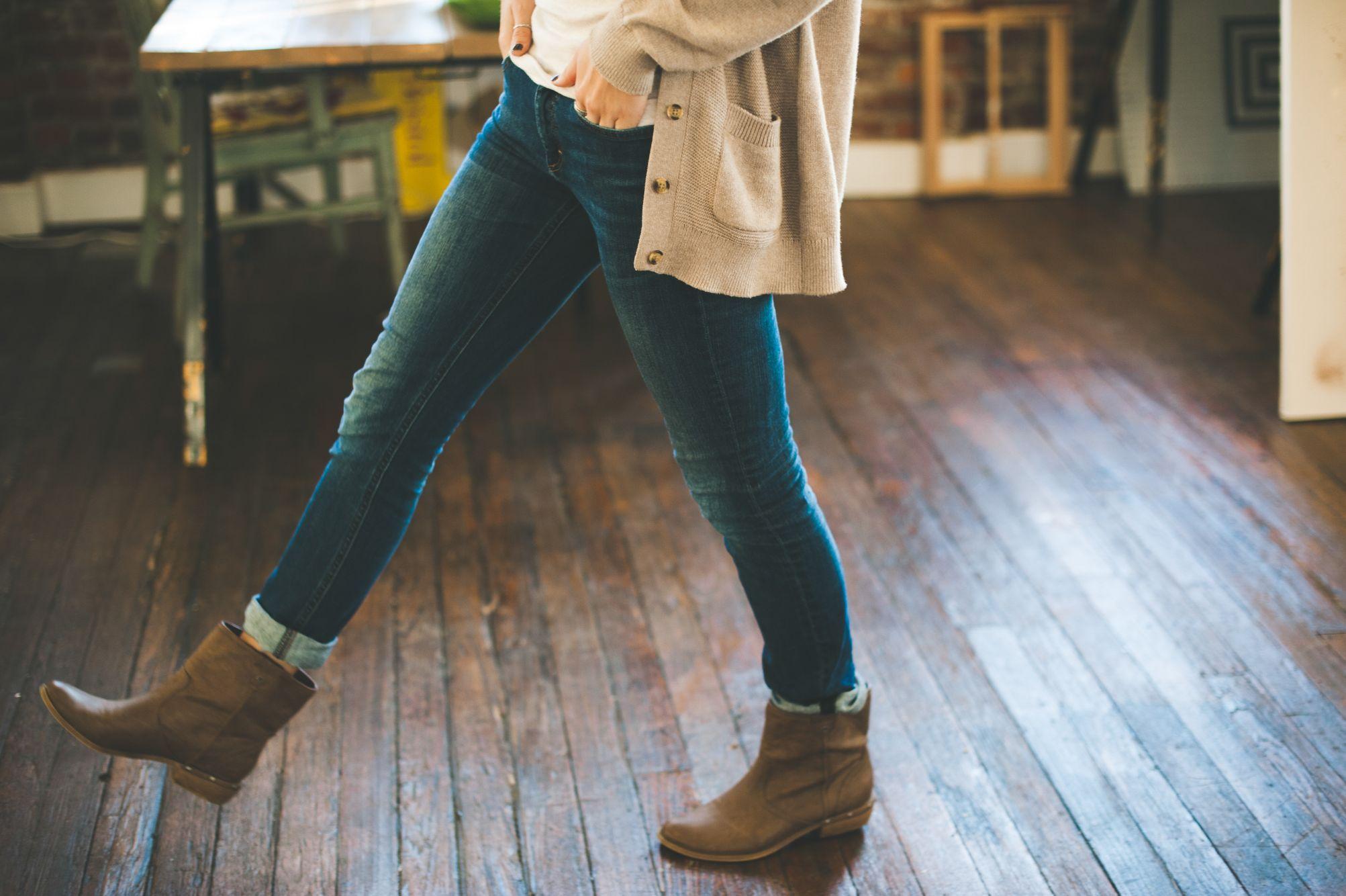 cowboy boots dancing