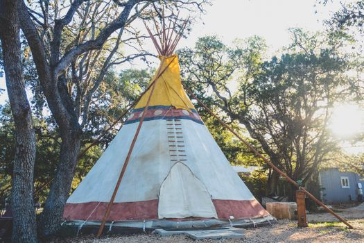 G4 Camp Comfort Glamping Tipi