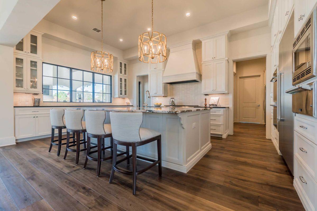 Amazing Brady Colt Custom Homes Interior Design Ideas Tzicisoteloinfo