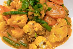1_0002_Vegan Red Curry.jpg
