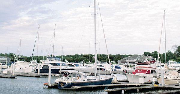 Amenities - Dock & Dine.jpg