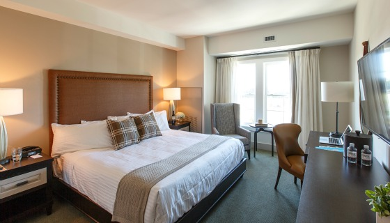 King Guest Rooms at The Inn