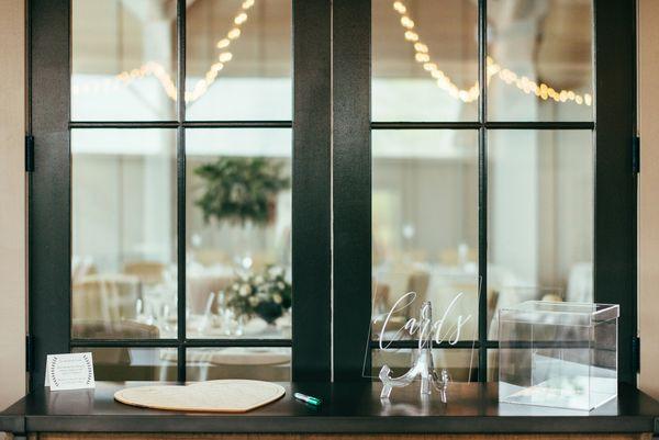Inn Ballroom | Details