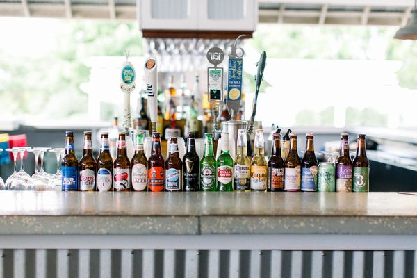 Tavern Bayside | Bar with Draft Beer