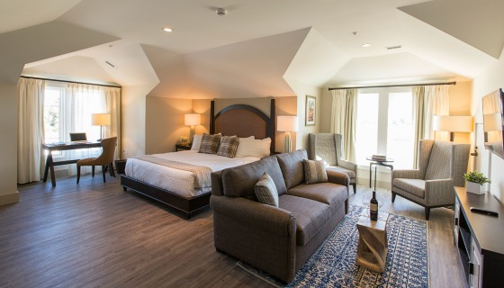 Bay Bridge Suite Living Area