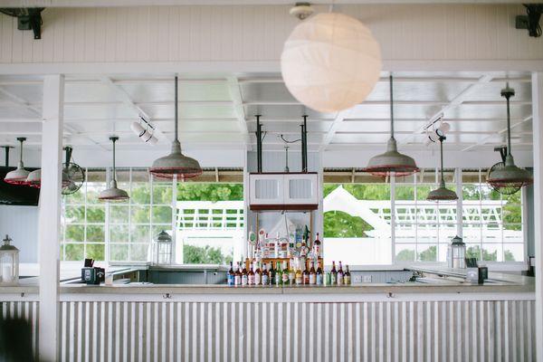 Tavern Bayside | Bar
