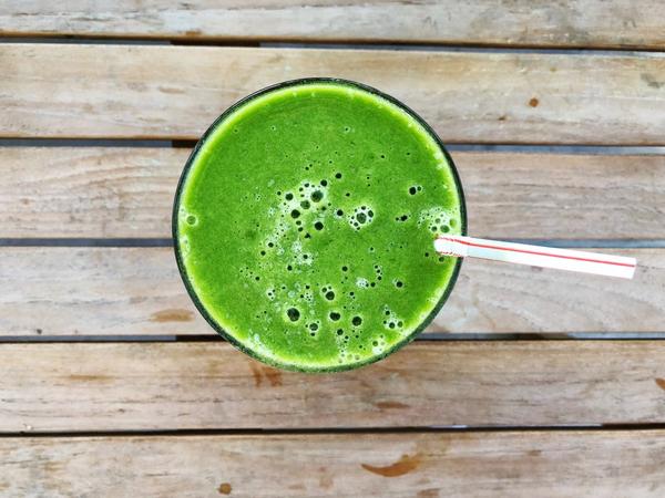 green smoothie .jpg