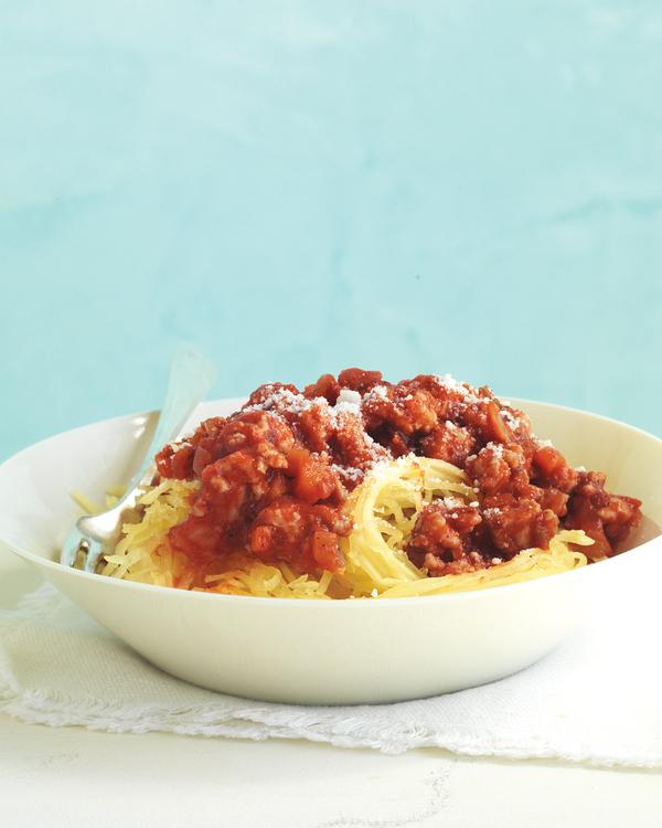 turkey-bolognese-spaghetti-squash-med107845_vert.jpg