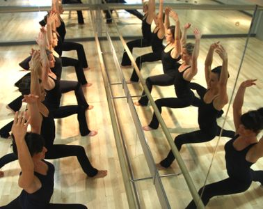 Studio Gallery Dancers Shape Training