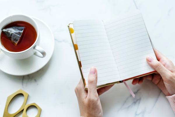 keep a food diary - meganadamsbrown.com.jpg