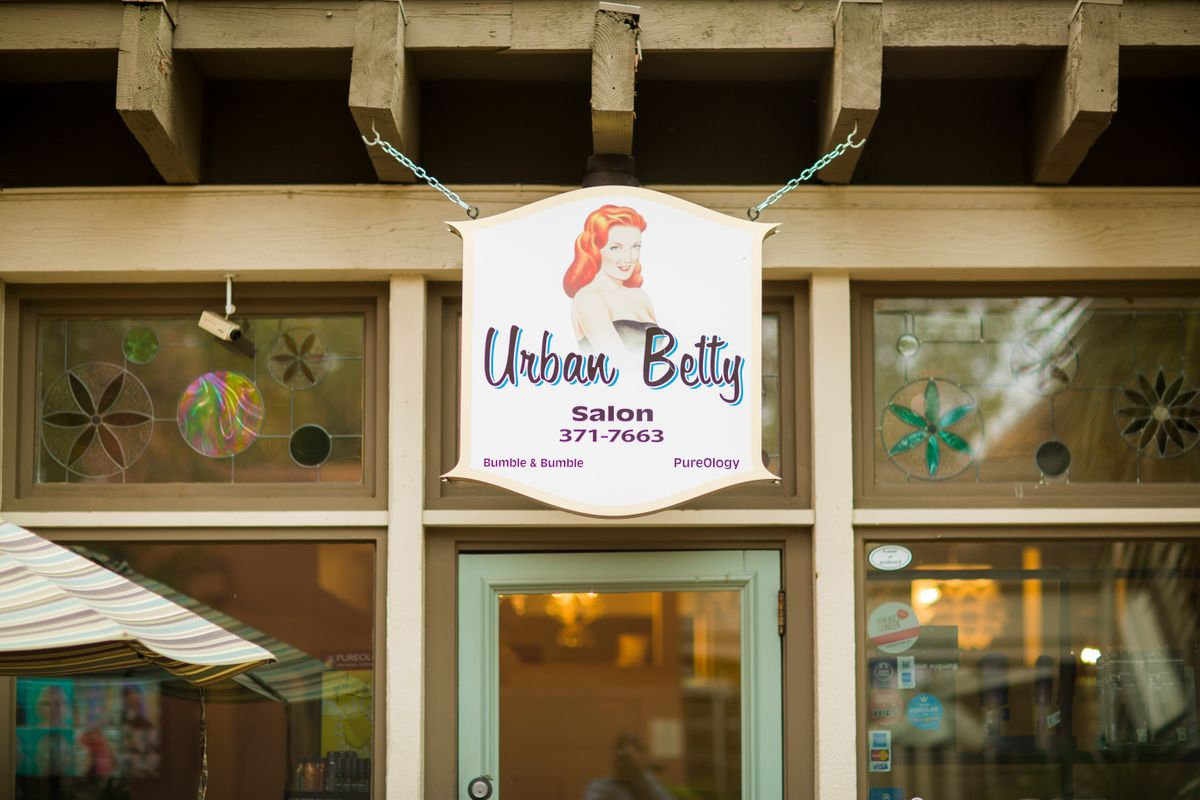 Urban Betty Salon Sign