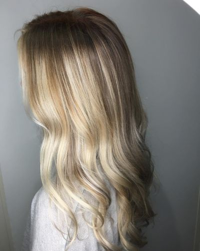 Blonde Balayage Highlights | Shadow Root