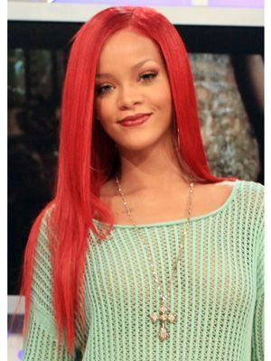53a085ee2aa39_-_cos-rihanna-long-red-hair-mdn.jpg