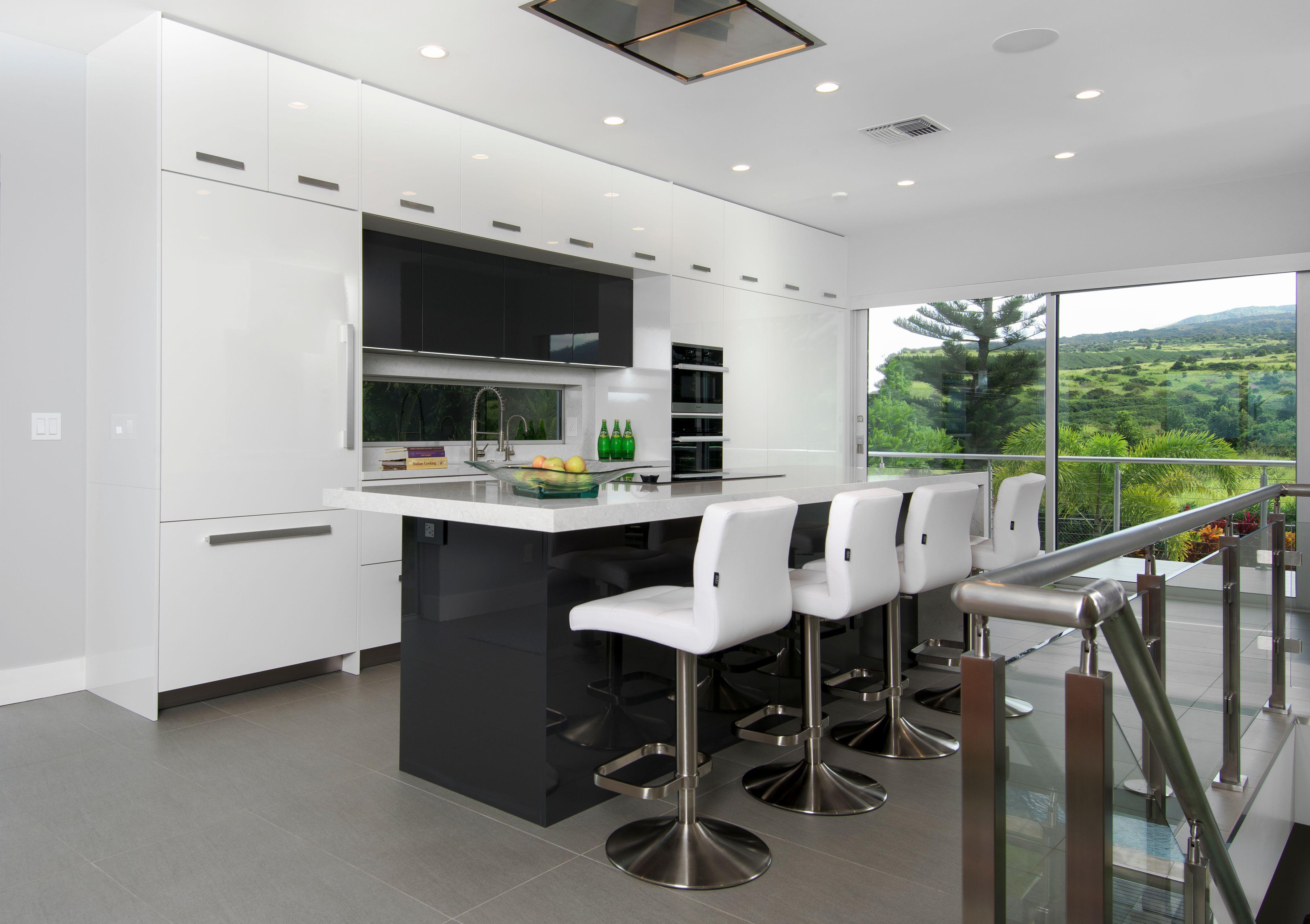 Maui Ultra Modern Kitchen