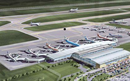 2-quito-airport.jpg