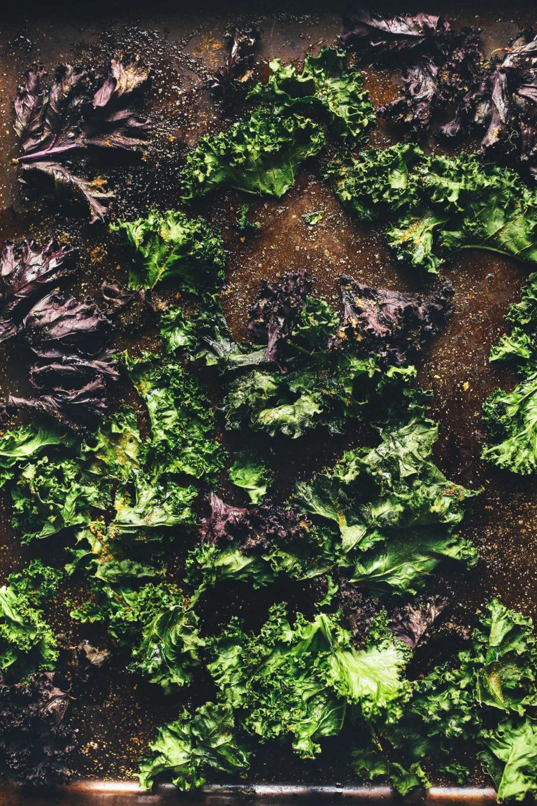 How-to-Make-Kale-Chips-25-minutes-Perfectly-crispy-SO-healthy-vegan-glutenfree-kale-chips-recipe-768x1152.jpg
