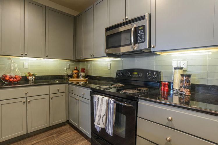 William Evans - The_Beverly_Austin-114 model kitchen.jpg