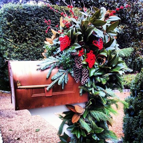 mailbox garland_preview.jpeg