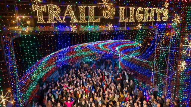 http_%2F%2Fcdn.cnn.com%2Fcnnnext%2Fdam%2Fassets%2F141216114040-8-best-usa-christmas-lights-austin.jpg