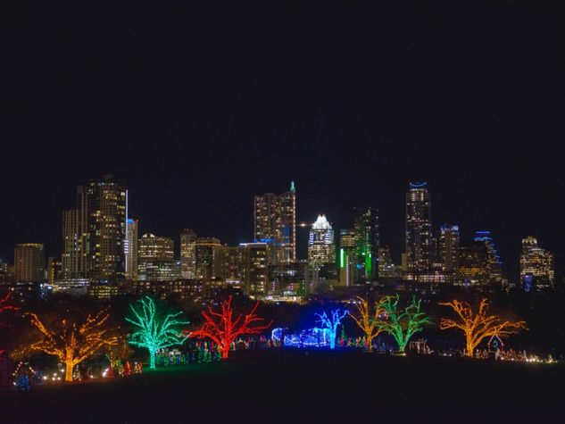 Trail-of-Lights-Austin_220222.jpg