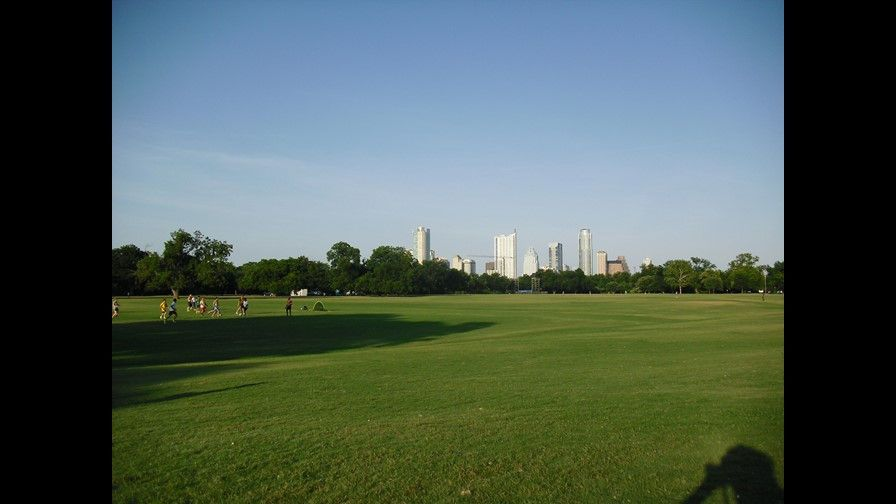 635751564610025684-Downtown-from-Zilker-Park_1846572_ver1.0.jpg