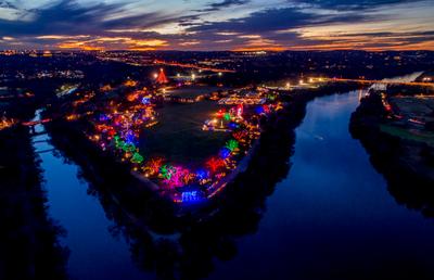 jwj-trail-of-lights-2077.jpg
