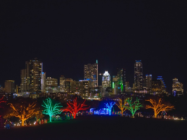 Trail-of-Lights-Austin_220222.jpg