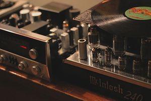 vinyl lounge a.jpeg