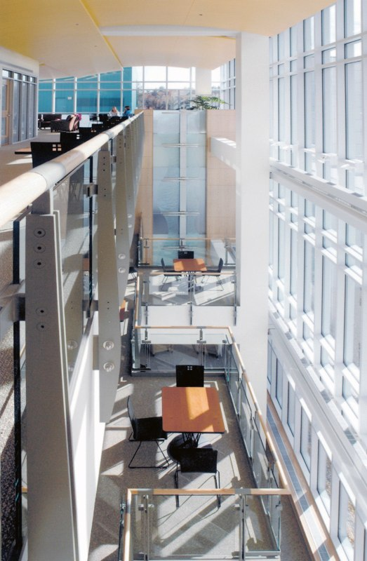 dhmc6_atrium_balconies.jpg