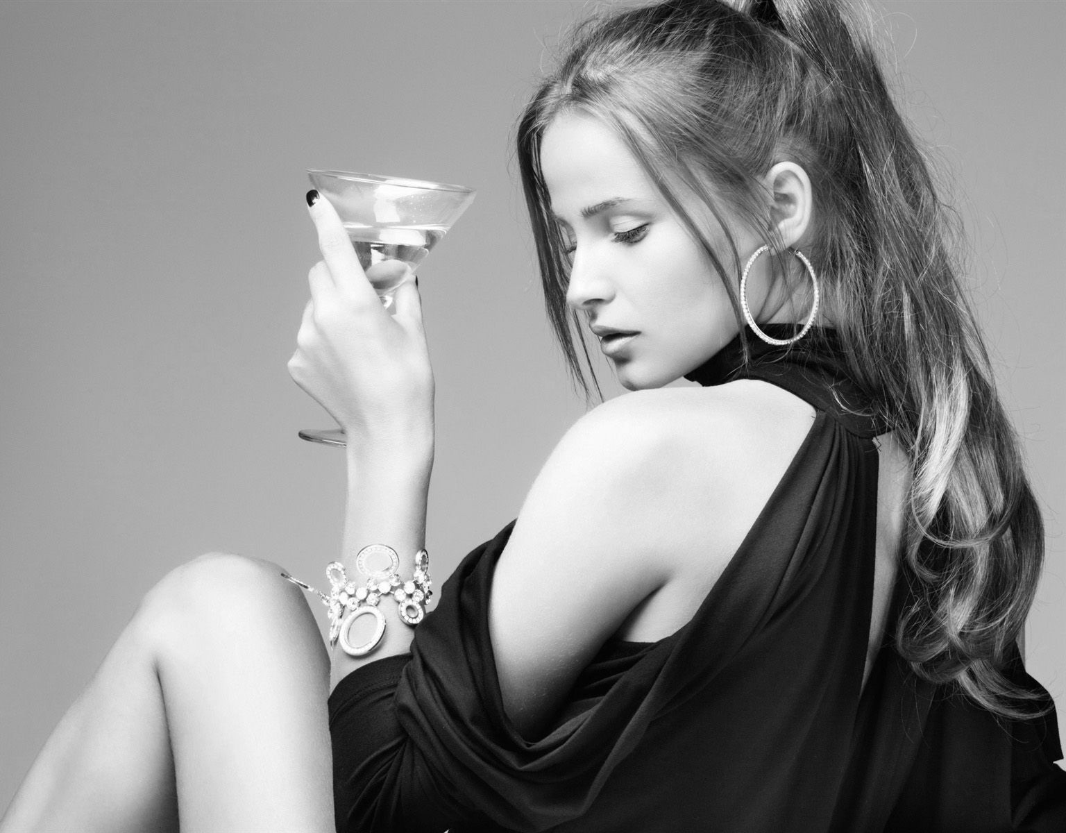 Girl-with-martini-cocktail bkwt.jpg
