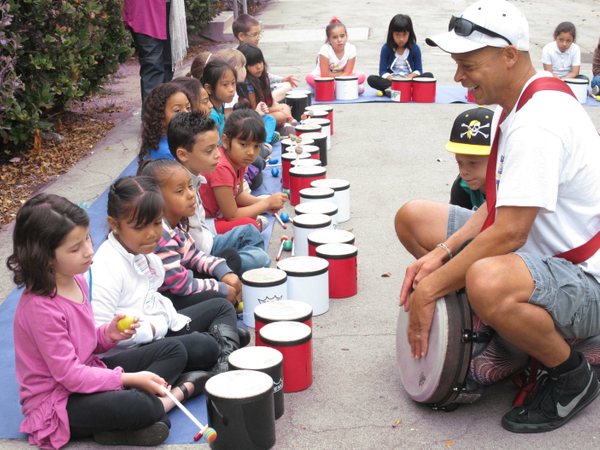 richland ave. elementary school drumming  (6).JPG