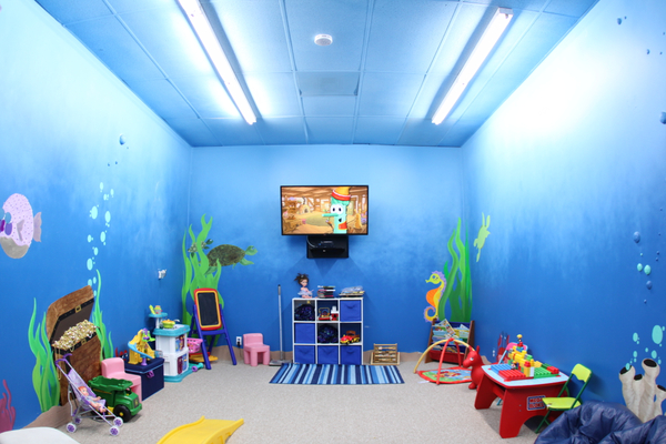 fitness center with child care in simi valley