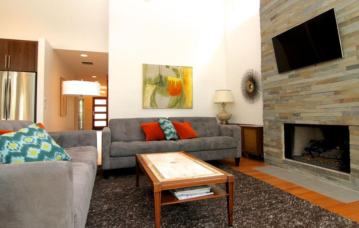 1809 Stanley Avenue Austin TX-large-016-16-Living Room-1500x955-72dpi.jpg