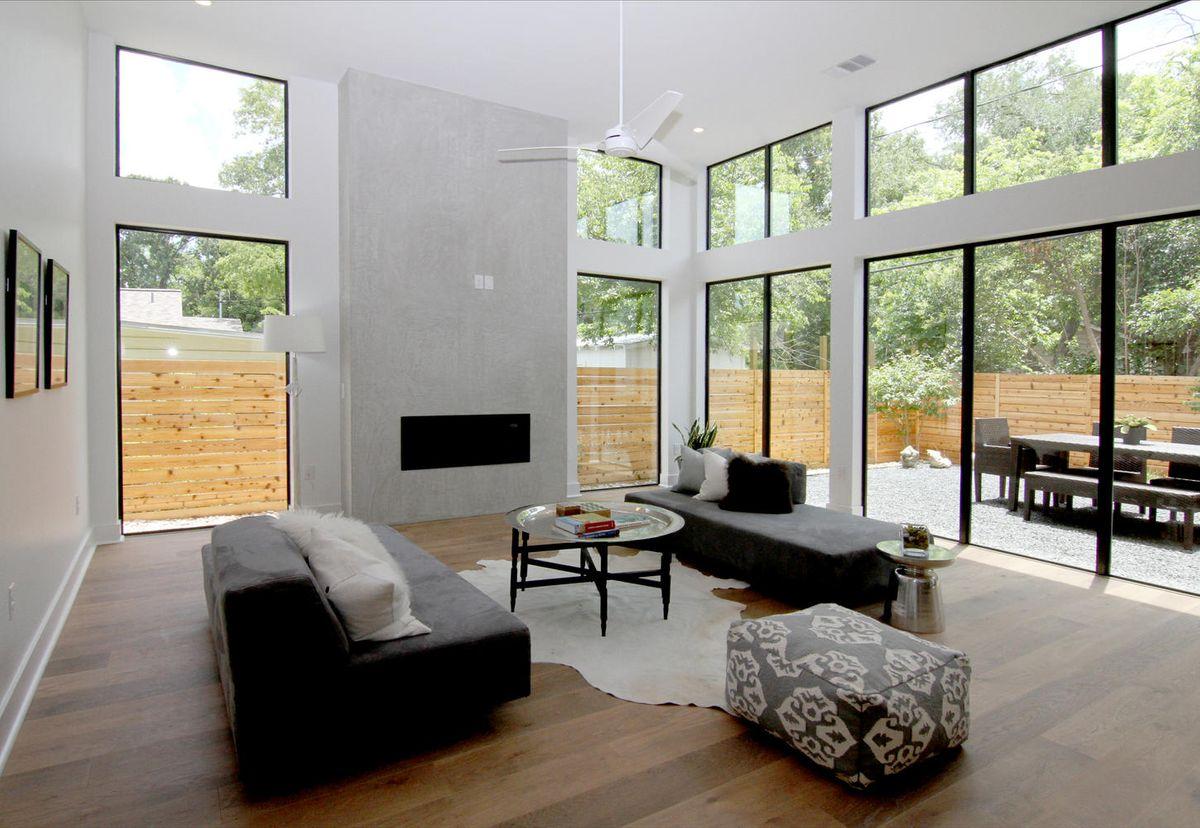 2011 De Verne St Austin TX-large-007-7-Family Room-1449x1000-72dpi.jpg