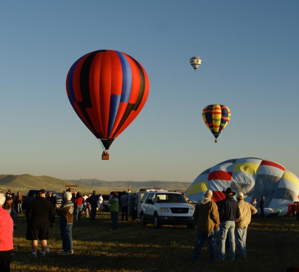 Hot air ballooning in Alpine