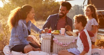 family-picnic-2.jpg
