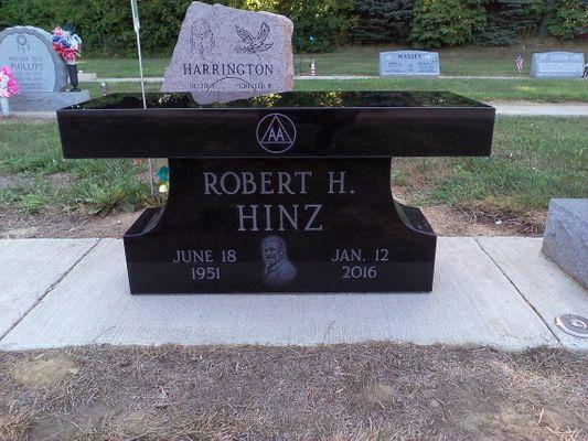 DL Robert H Hinz.jpg