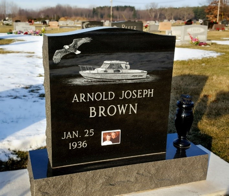 DL Arnold Joesph Brown.jpg