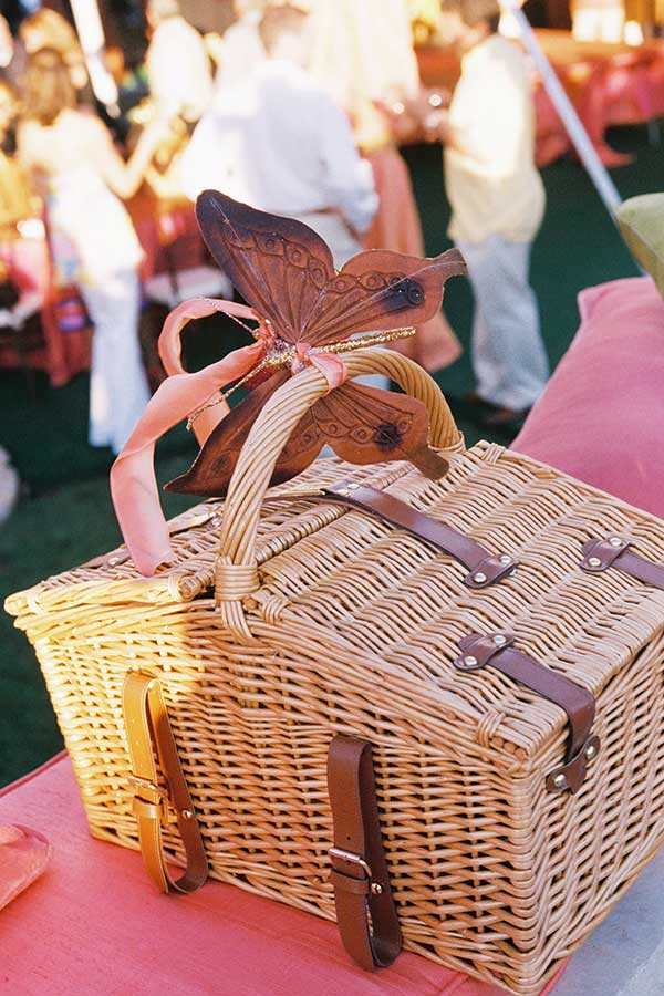 wicker lunch basket