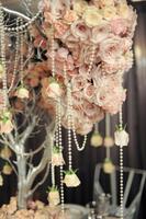 wedding planners rose centerpiece