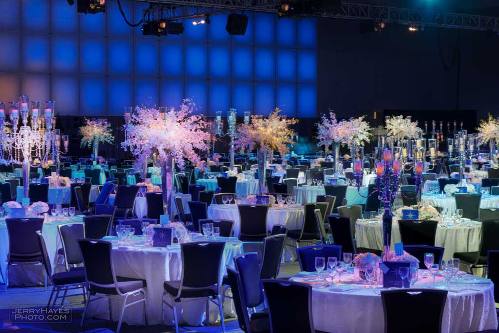 tables and flowers for dell event