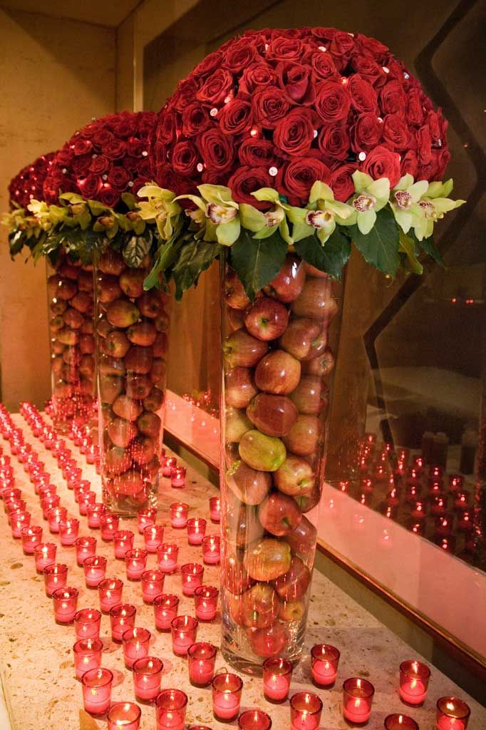 roses, apples and candles