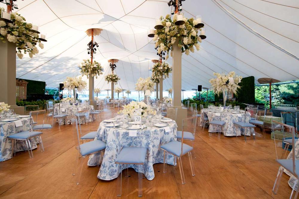 tent wedding with dance floor