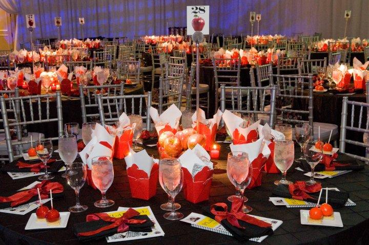 corporate event table decor