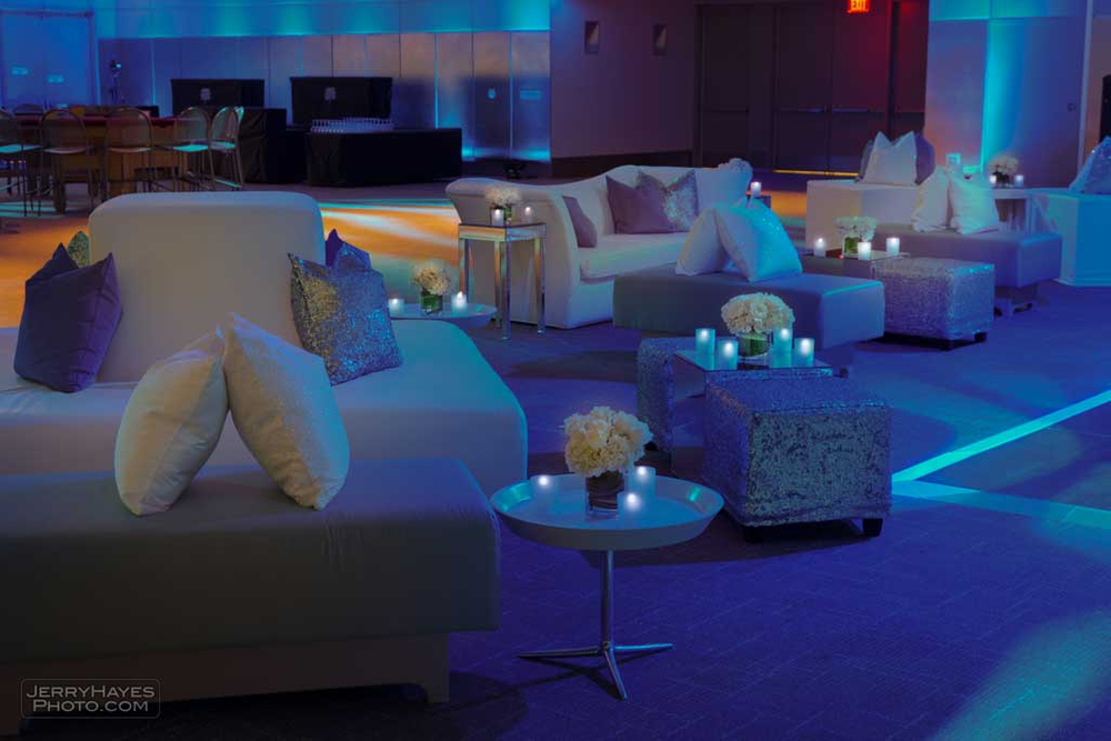 couches for dell event