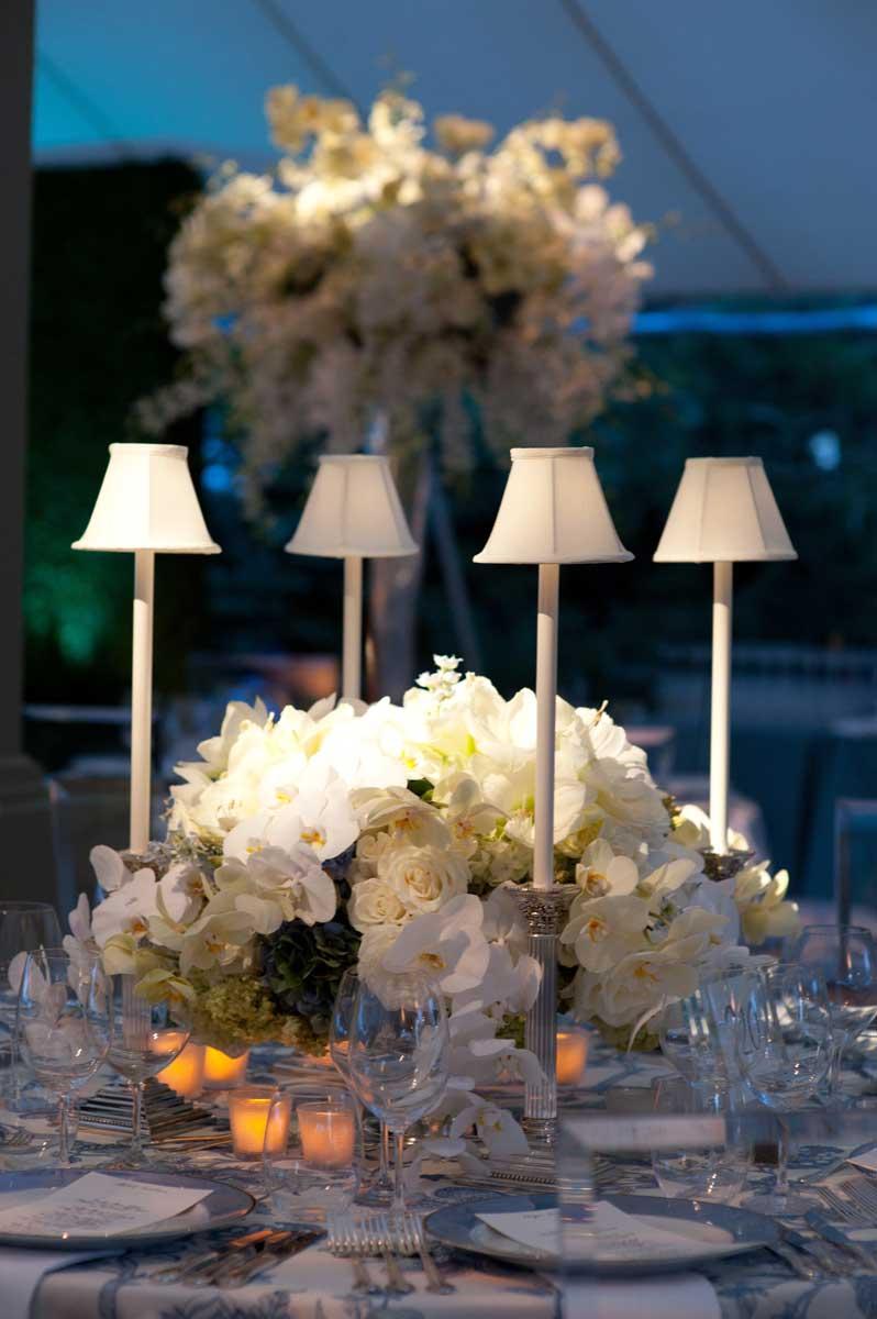 outdoor wedding floral arrangements