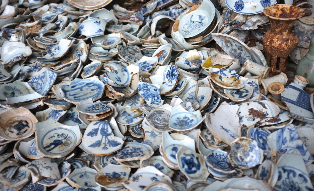 china-market-shards.jpg