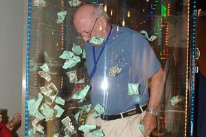 Funny Money Machine2.jpg
