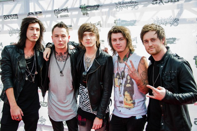 News asking alexandria asking alexandria enters loudwires cage match hall of fame m4hsunfo